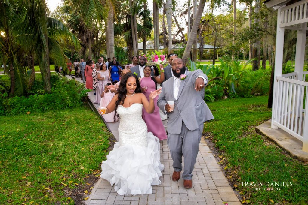 Out of Box Weddings, collaborates with amazing vendors for the perfect wedding in wilton manors